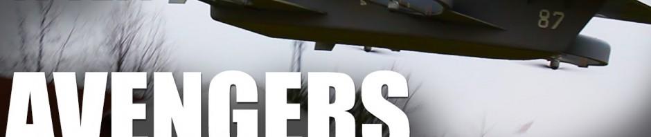 Da hat jemand den Helicarrier als RC nachgebaut und lässt Flugzeuge davon starten!